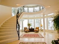 What an foyer!
